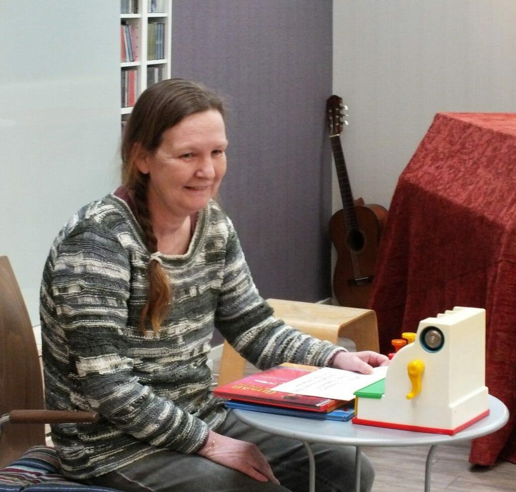 Sylvia in winkel foto Josien Wallast